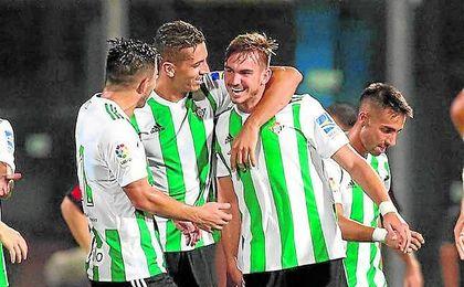 Fabián ha logrado dos goles en esta pretemporada y ha convencido al nuevo técnico.