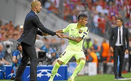 Guardiola y Neymar, en un Bayern-Barcelona.