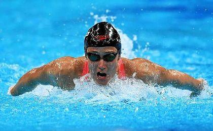 Mireia Belmonte se lleva el oro en la final de 200 metros mariposa.