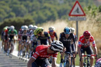 Alberto Contador reaparece y hace temblar la Vuelta