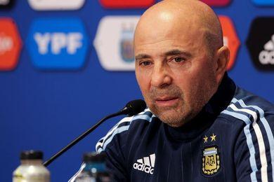 Sampaoli cierra la lista de Argentina con Benedetto, Acosta, Pinola y Bustos