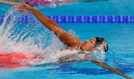 Hugo González cierra los Mundiales júnior con el título de 200 espalda