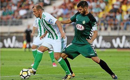 Román Zozulya en el amistoso disputado este verano entre el Betis y el Vitoria Setúbal.