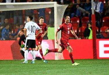 1-2. Alemania vence en Praga y da otro paso hacia Rusia