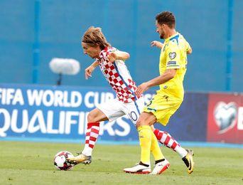 Croacia vence 1-0 a Kosovo tras reanudarse el partido suspendido