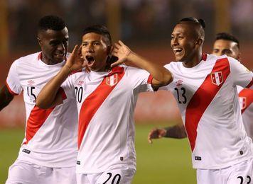 """El peruano Flores: """"Ante Ecuador nos jugamos todo, es un partido fundamental"""""""