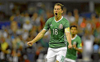 Guardado es el capitán de México y todo un fijo en los planes del seleccionador Juan Carlos Ossorio.