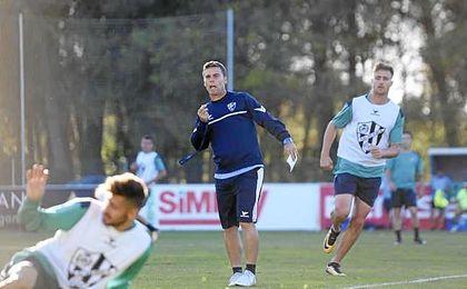 """El entrenador del Huesca espera hacer """"un partido perfecto""""."""