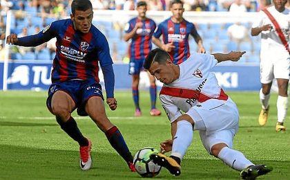 El sevillista Matos, en un lance del partido en El Alcoraz.