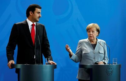 Merkel pide mejores condiciones para los inmigrantes en las obras del Mundial de Catar