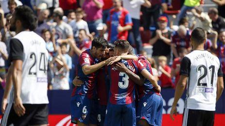 1-1. Valencia y Levante firman tablas en duelo parejo e intenso