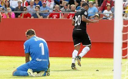 Muriel realizó un gesto inequívoco tras marcar su primer gol con el Sevilla.