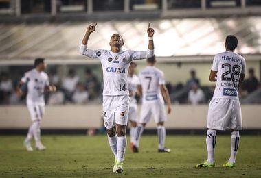 El Santos quiere confirmar su favoritismo en su fortín de Vila Belmiro