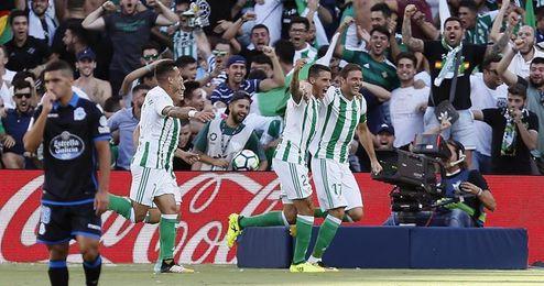 """Joaquín sobre Guardado y Javi García: """"Vaya jugadores que tengo yo ahí atrás"""""""