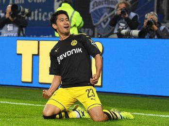 El Dortmund mantiene el liderato, tras golear a domicilio al Hamburgo (0-3)