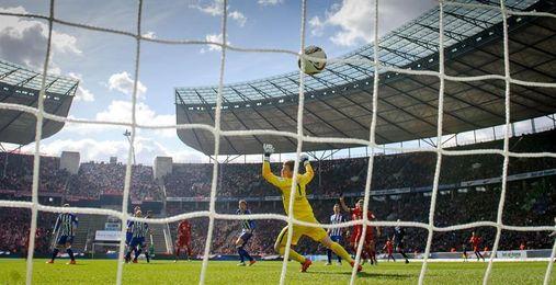 El Bayer visita al Hertha en medio de vientos de crisis