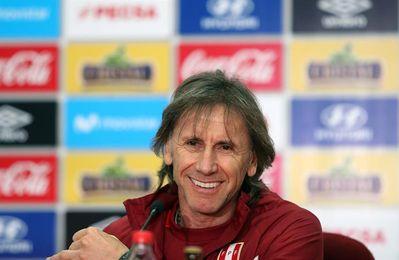 Perú, con ´el Tigre´ Gareca, en plena cacería por un cupo al Mundial