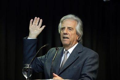 Vázquez lidera la comitiva uruguaya que abordará con Macri y Cartes el Mundial 2030