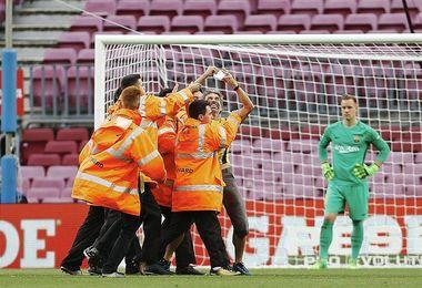 ´Espontáneo´ del Camp Nou tuvo autorización del club para colocar una pancarta