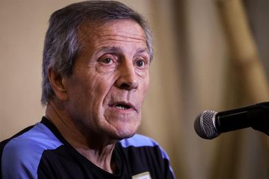 Uruguay necesita un triunfo para sellar su boleto ante la eliminada Venezuela