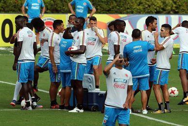 Zapata cree que el partido contra Paraguay será una final para ambos