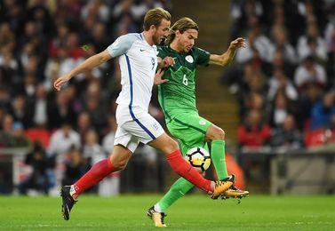 1-0. Inglaterra sella su billete para Rusia con una victoria sin brillo