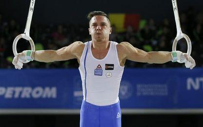 Petrounias logra su segundo oro mundial en anillas y queda Zanetti sin medalla