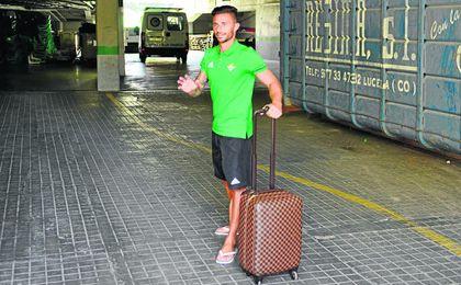 Rubén se despide de los medios gráficos antes de volar a China para firmar por el Guizhou Hengfeng Zicheng.