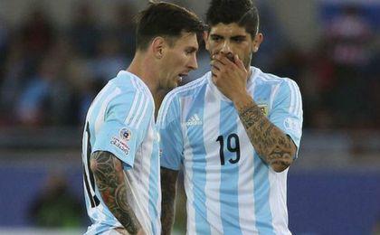 La repesca de Argentina dejaría el Barça-Sevilla sin Banega y Messi