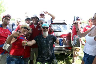 Costarricenses salen a las calles para celebrar pase al mundial de Rusia