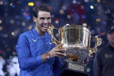 Nadal aventaja en más 2.300 puntos a Federer