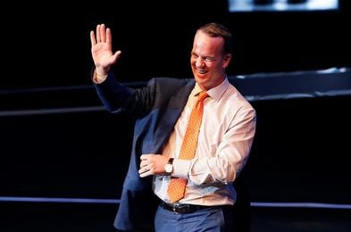 Peyton Manning, retirada del número 18 y llegada al Anillo de Honor de Colts