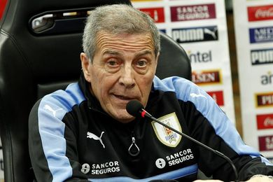 """Tabárez: """"No nos consideramos clasificados hasta que le ganemos a Bolivia"""""""