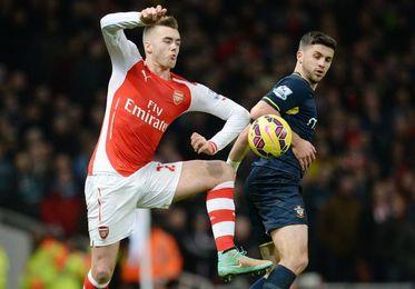 Calum Chambers renueva su contrato con el Arsenal hasta 2021