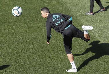 Marcelo, Theo y Benzema entran en una convocatoria sin Varane ni Casemiro