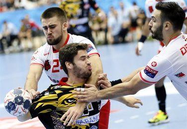 24-28. El Ademar recupera opciones y autoestima con una victoria en Rumanía