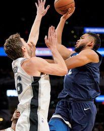 107-99. Aldridge aporta doble-doble en triunfo de los Spurs