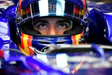 """Carlos Sainz: """"Tengo unas ganas tremendas de empezar en pista"""""""