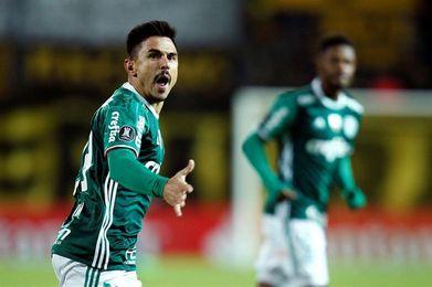 Gremio y Palmeiras se miden para presionar al líder Corinthians