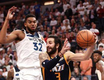 """Los reforzados Timberwolves también pueden con los """"Big Three"""" de Thunder"""