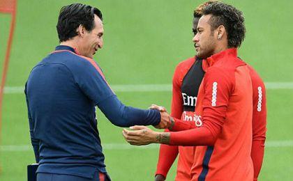 Neymar se cansa de las charlas de Emery