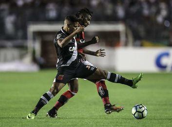 Los derbis Sao Paulo-Santos y Flamengo-Vasco animan la liga en Brasil
