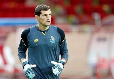 El entrenador del Oporto dice que sentó a Iker por entrenar con menor exigencia