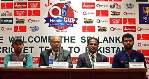 El equipo de críquet de Sri Lanka regresa a Pakistán tras el ataque de 2009