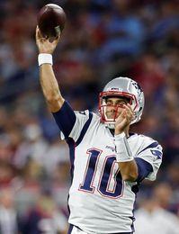 Los Patriots traspasan a Jimmy Garoppolo a 49ers y se quedan sólo con Tom Brady