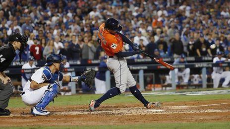 Seguidores de Dodgers y Astros viven con emoción antesala Séptimo Juego
