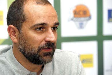 """Durán pide """"regularidad"""" a su equipo para tener opciones frente al Barça"""