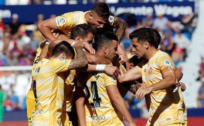 1-2. El Girona continúa su escalada y agrava la crisis del Levante