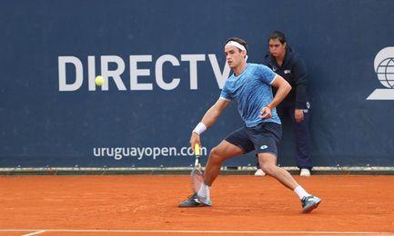 El tenista portugués Elias y el argentino Kicker avanzan a las semifinales del Abierto de Uruguay