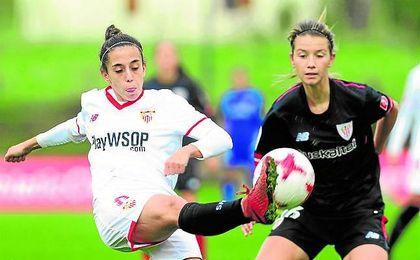 Nagore Calderón hizo ayer su primer gol como sevillista.